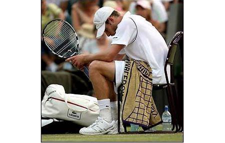 roddick-wimbledon-lacoste-bag1.jpg
