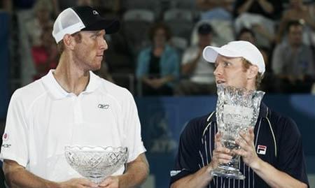 trophy-sydney-men08.jpg