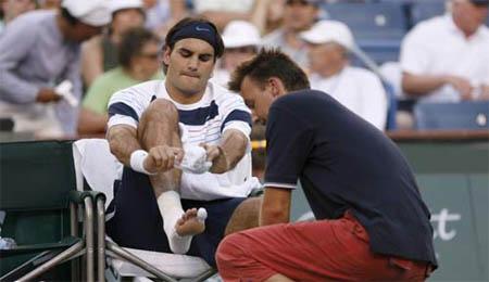 Roger Federer feet