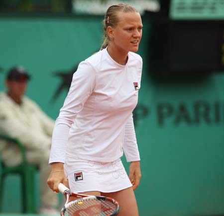 http://cornedbeefhash.files.wordpress.com/2008/06/agnes-szavay-frenchopen08.jpg
