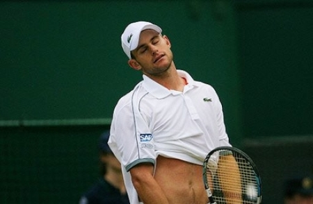 Second round Wimbledon loser Andy Roddick isn't about high tennis fashion.