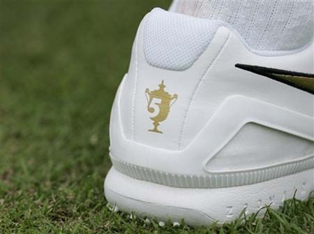 new product b202f 4e9b0 and so it begins roger federers wimbledon shoes