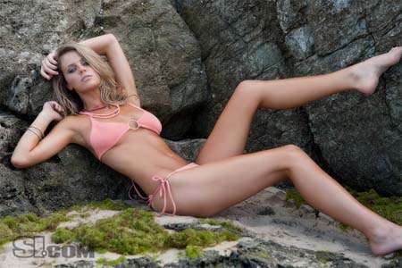 brooklyn-decker-si09a