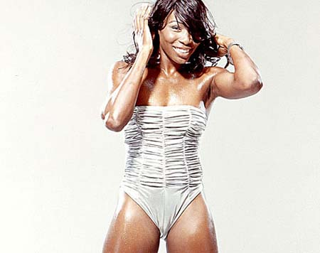 venus-williams-siswimsuit09