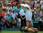 Andy Murray bows to Queen Elizabeth - Wimbledon 2010