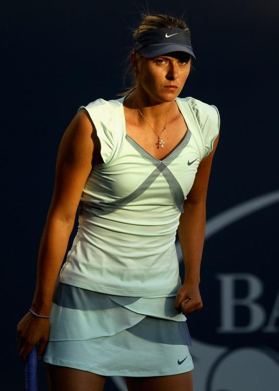 fashion focus: maria sharapova's wimbledon dress, in color ...