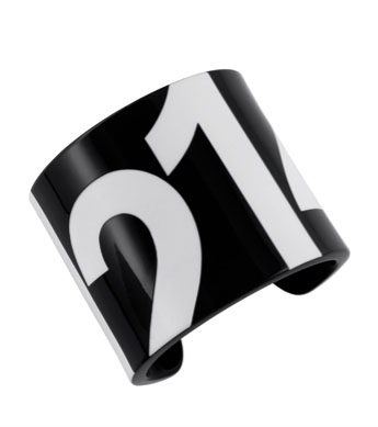 lacoste-ss11a-cuff